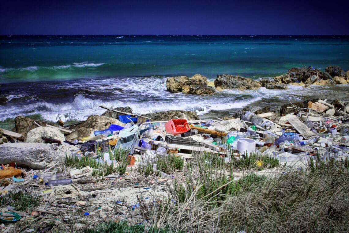 Eine große Schwäche der wachstumsorientierten Konsumgesellschaft ist die extreme Belastung, die sie für die Umwelt darstellt. © flickr/ Paolo Margari