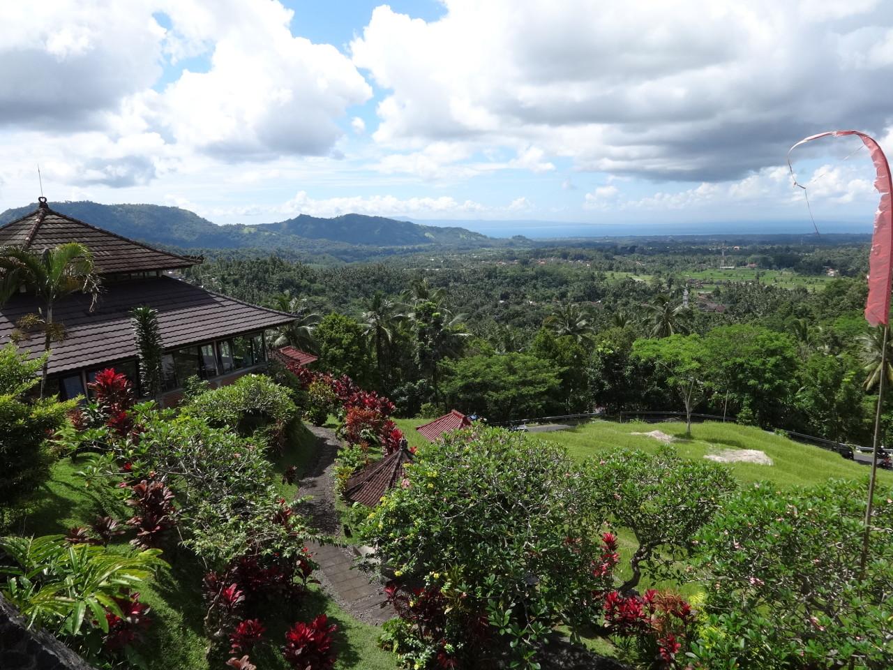Romantische Reisfelder auf Bali - doch dieses Bild einer einsamen Landschaft trügt. @f1rstlife/ Elisa Miebach