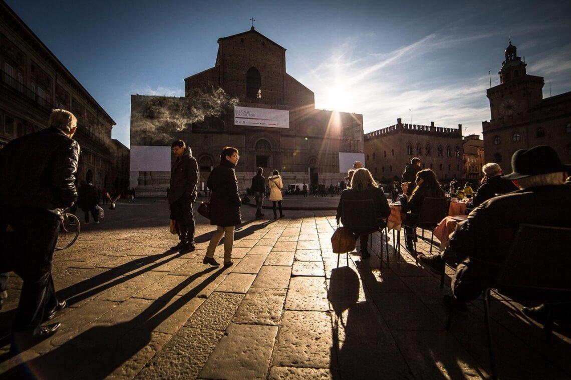 Piazza Maggiore. © flickr.com / Roberto Taddeo